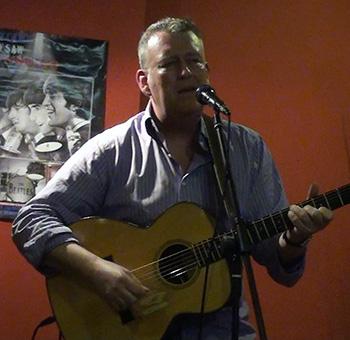Mark Dennis